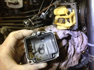 Dirty Carb on the Suzuki DR350